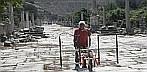 Magnetikmessungen - antike Hafenstraße in Ephesos © ZAMG Geophysik