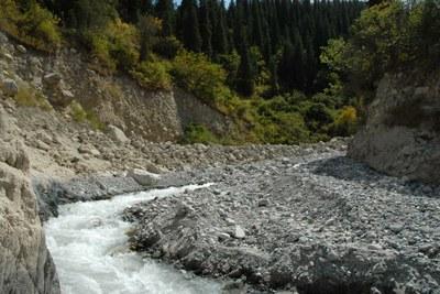 Kirgistan Gletscherseeausbruch Ablagerung (© ZAMG/Reisenhofer)