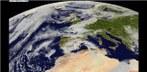 Satellitenfilm von partieller Sonnenfinsternis