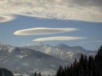 Wetterwarnung: Föhnsturm im Bergland und viel Regen und Schnee im Süden
