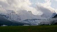 Wochenende kühl und wechselhaft, auf den Bergen Neuschnee